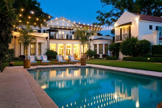 Déterminez l'endroit et les caractéristiques que vous souhaitez dans la piscine
